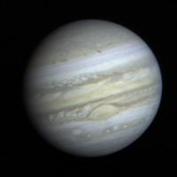 Jupiter, hier eine Aufnahme von Voyager 1, ist in diesen Tagen besonders gut am Himmel zu sehen. Foto: NASA / JPL